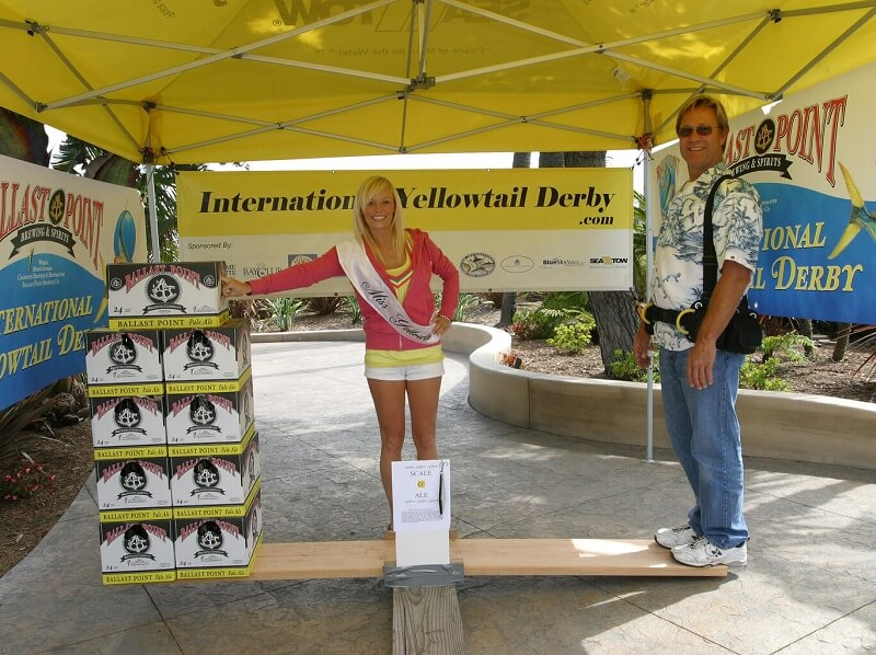 San Diego's-International-Yellowtail-Derby-2011-Winner-Tom-Keus